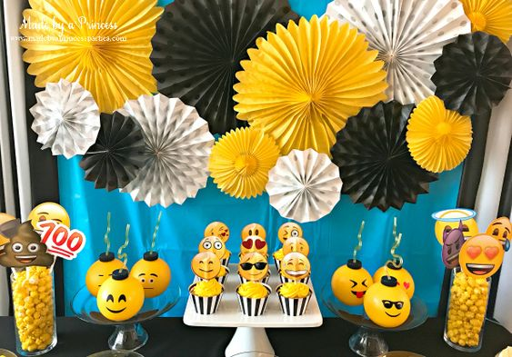 cumpleaños de emoji para niños