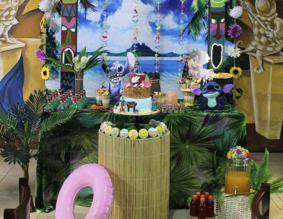 decoracion moderna para cumpleaños de lilo y stich