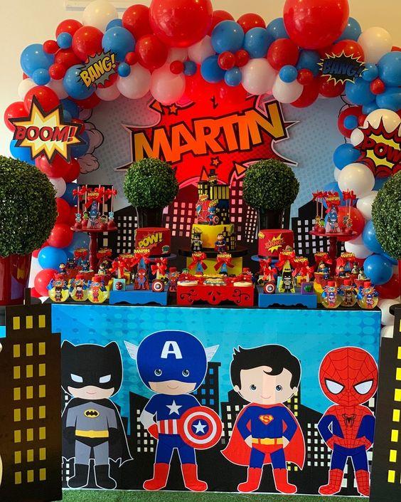 fiesta de super heroes para niños
