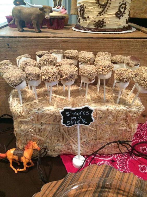 mesa de dulces para cumpleaños de caballos