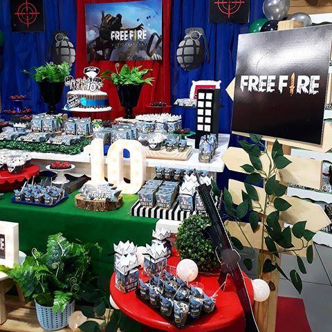 mesa de dulces para fiesta de free fire