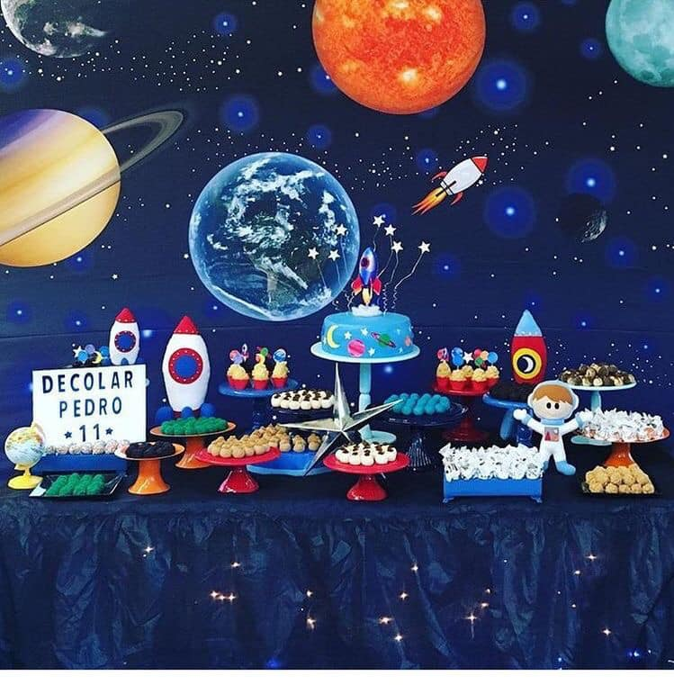 Mesa de postres fiesta tematica de astronautas