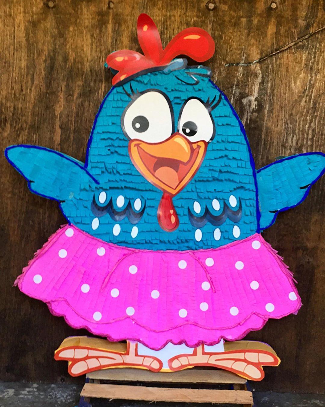Piñata para fiesta gallina pintadita