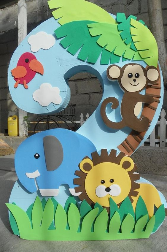piñatas para cumpleaños de safari