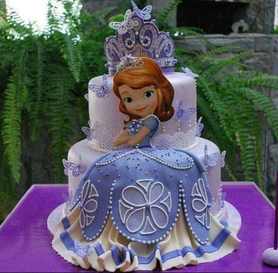 tarta de fondant para fiesta de princesa sofia