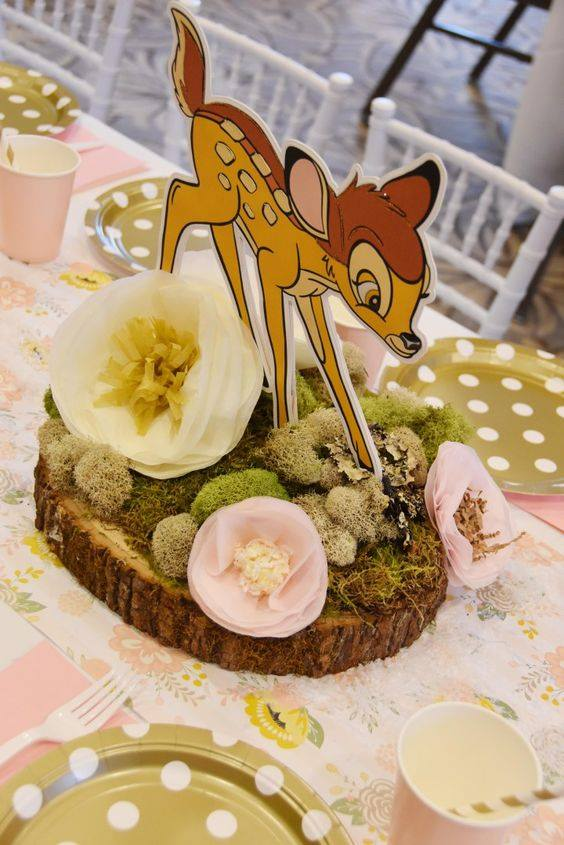 Centro de mesa para fiesta de bambi