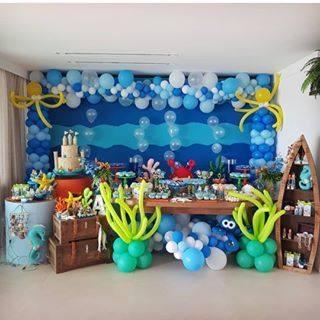 Decoracion con globo para fiesta temática del mar
