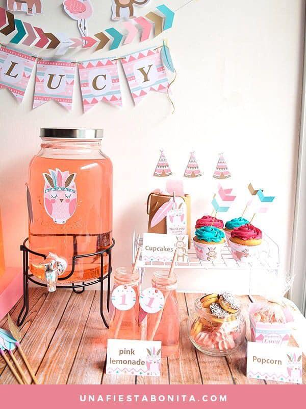 Mesa de postres fiesta temática de buhos