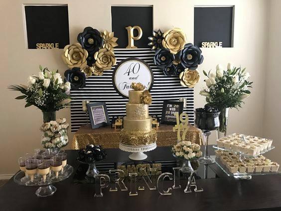 Mesa de postres para fiesta de 50 años