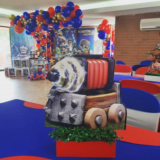 centros de mesa para un cumpleaños de clash royale