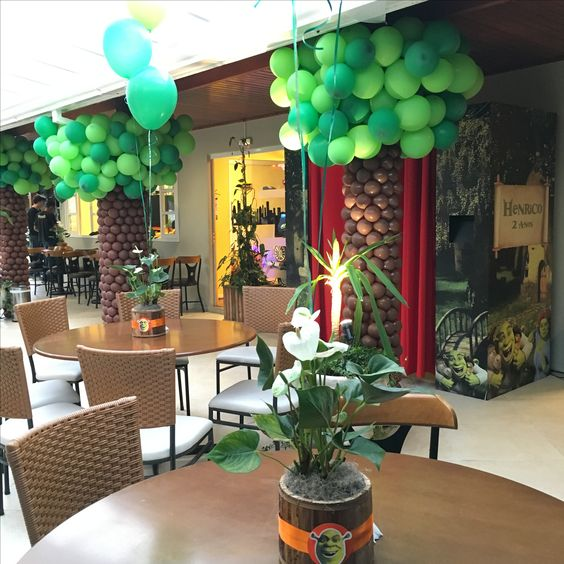 centros de mesa para un cumpleaños de shrek