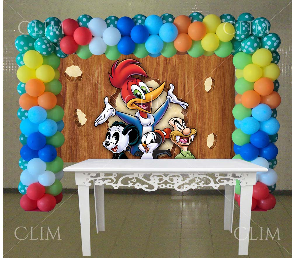 decoracion con globos para cumpleaños de pajaro loco