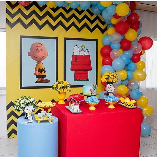 decoracion con globos para cumpleaños de snoopy