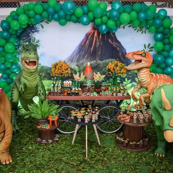 fiesta de jurassic world dinosaurios