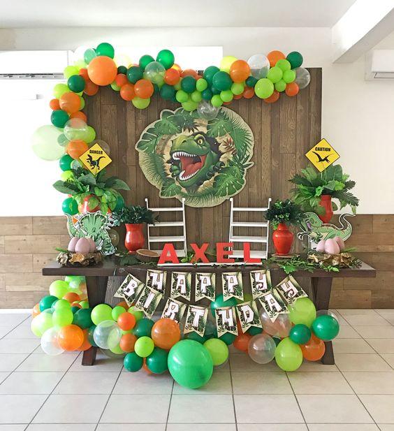 ideas para decorar una fiesta de jurassic world dinosaurios