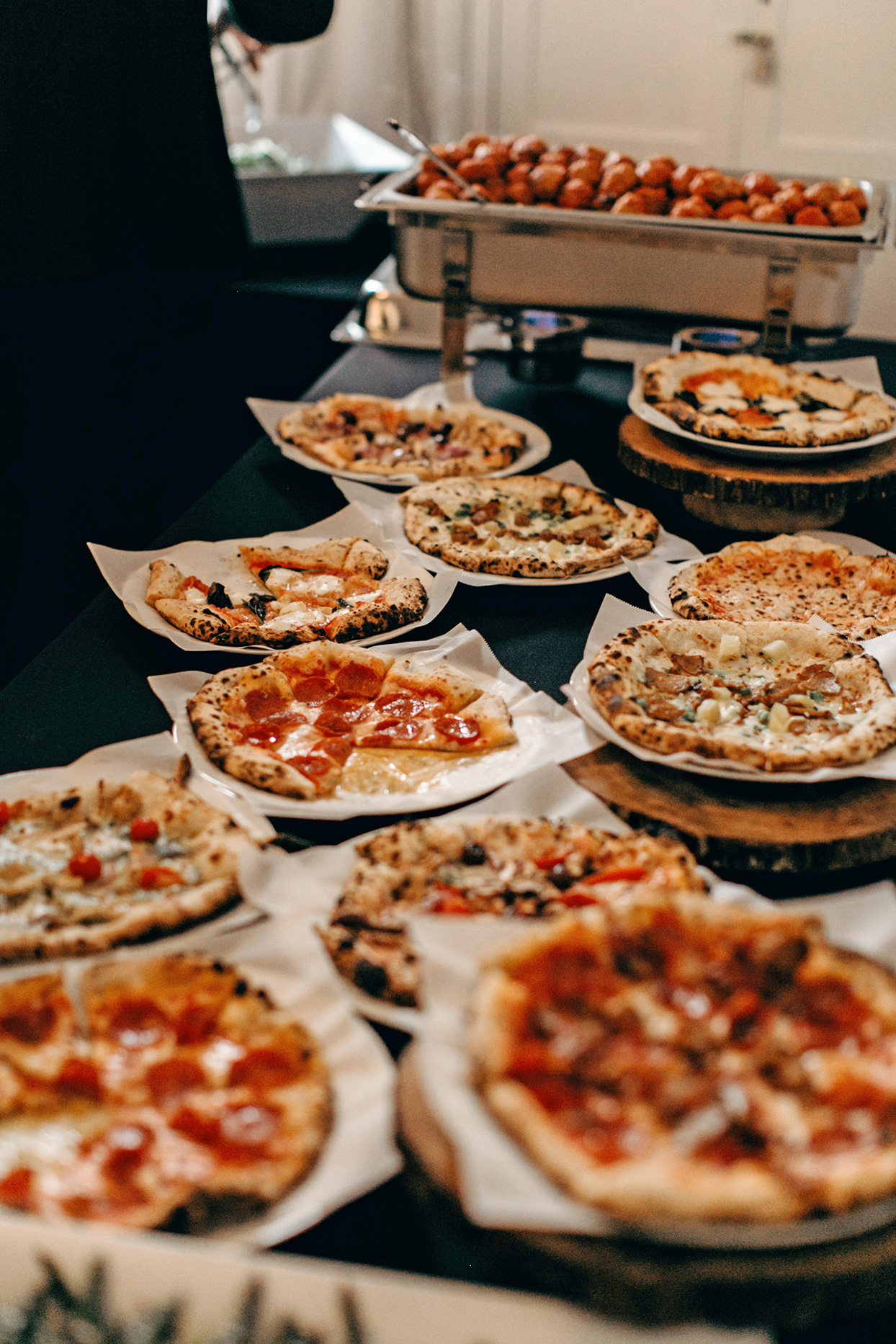 ideas para montar barra de comida en despedida de soltero
