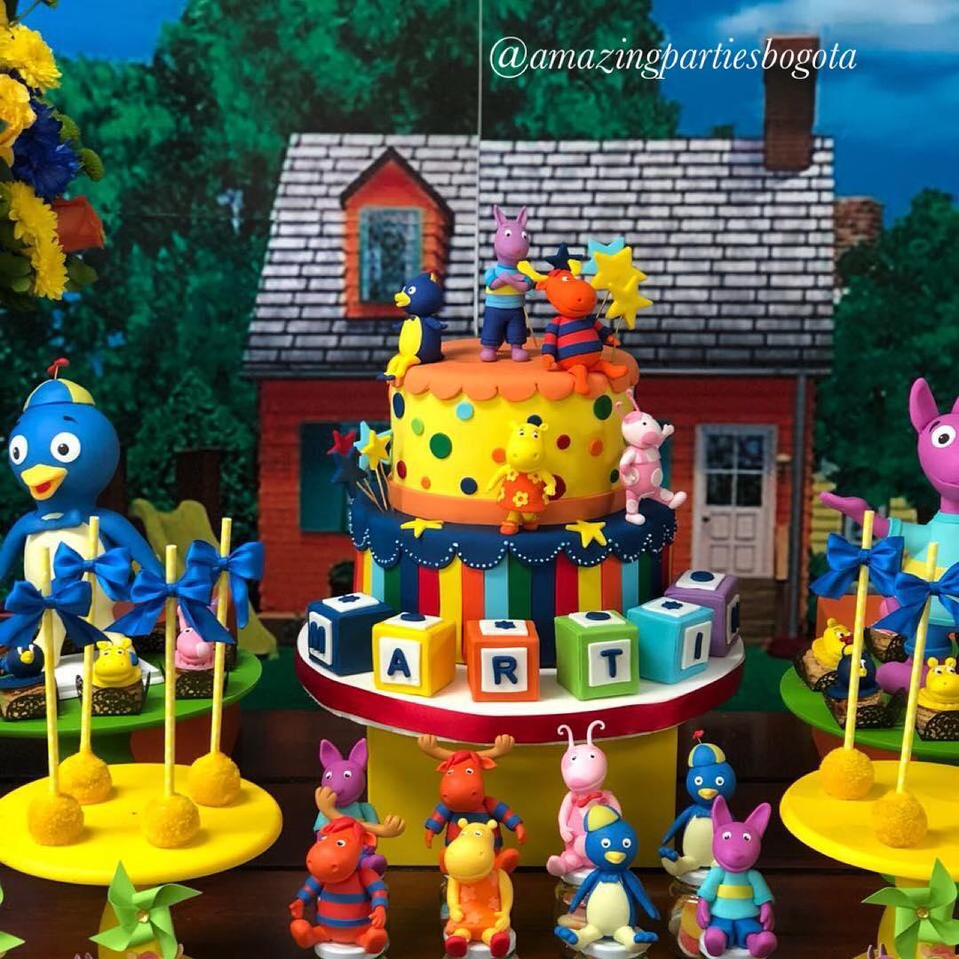 mesa de dulces para fiesta de backyardigans