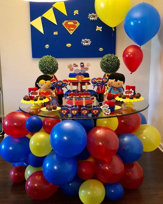 mesa de dulces para fiesta de gemelos