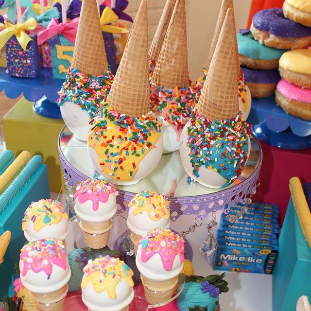 mesa de dulces para fiesta de jojo siwa