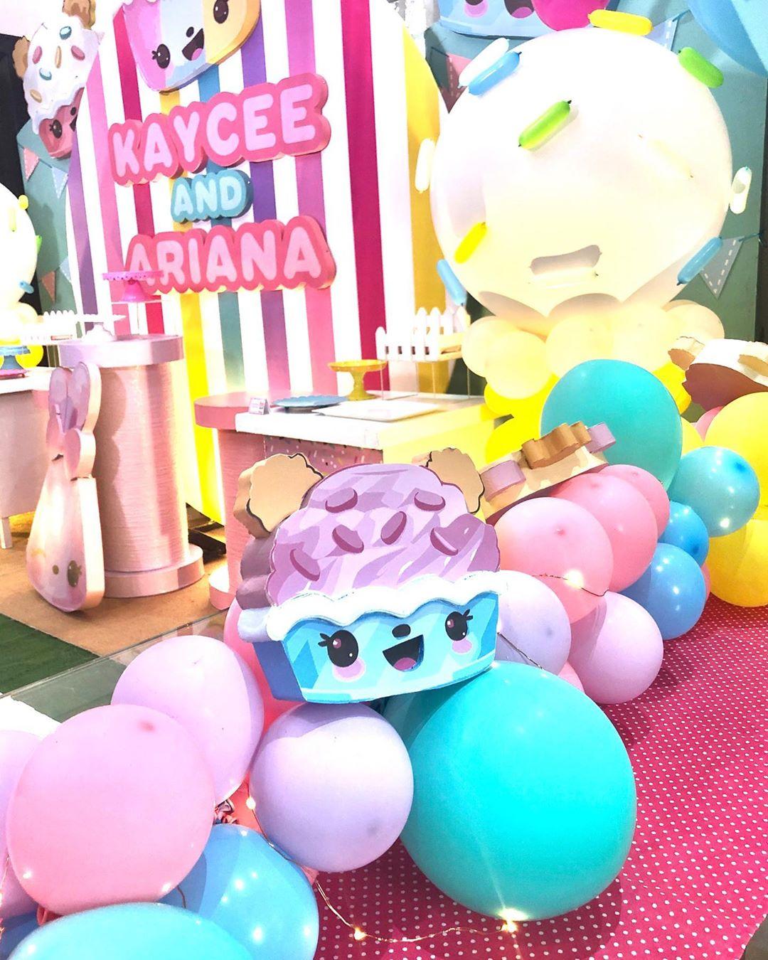 mesa de dulces para fiesta de num noms