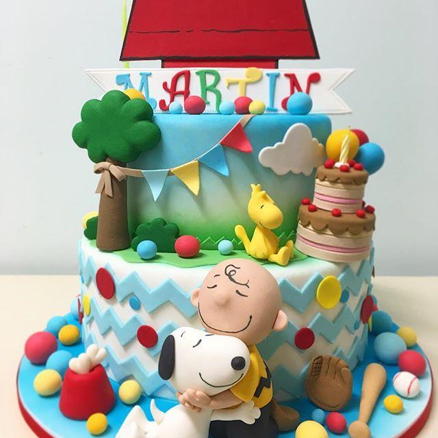 pastel para una fiesta de snoopy