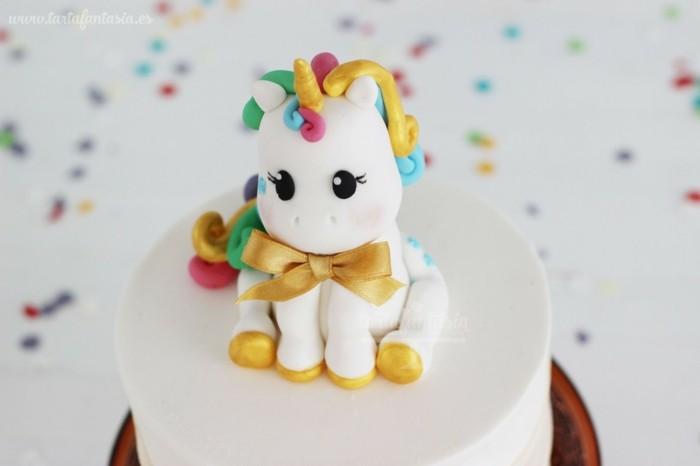 pastel para una fiesta de unicornio de niño