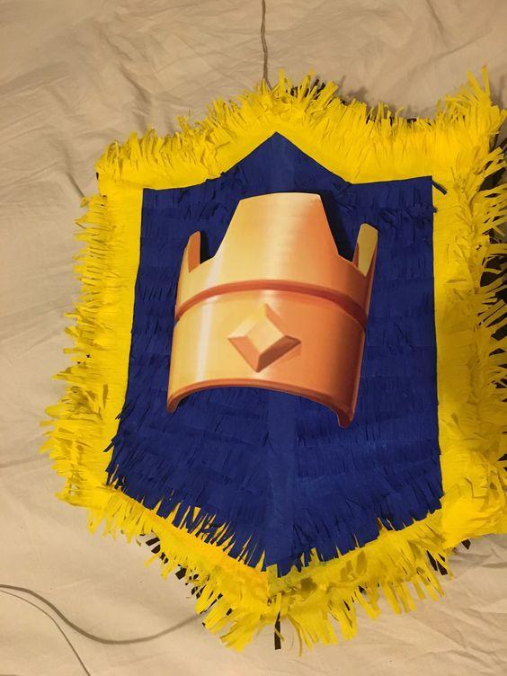 piñata para un cumpleaños de clash royale