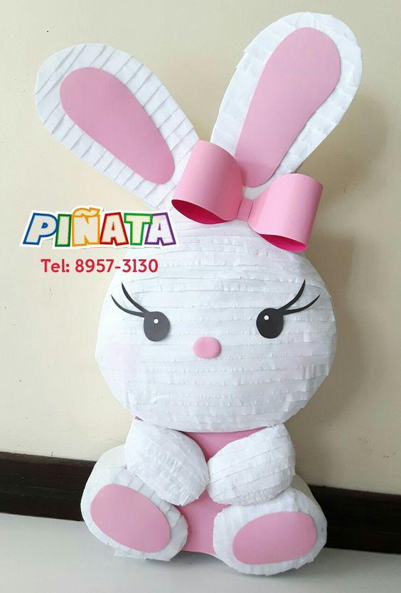 piñata para un cumpleaños de conejos