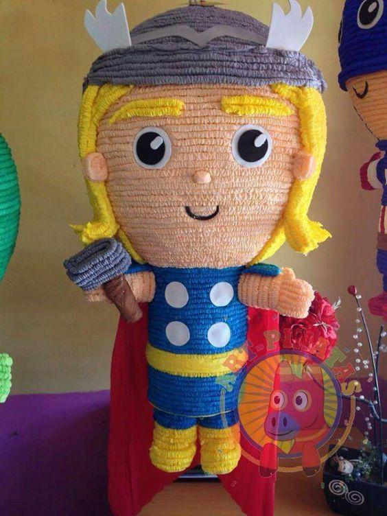 piñata para un cumpleaños de thor