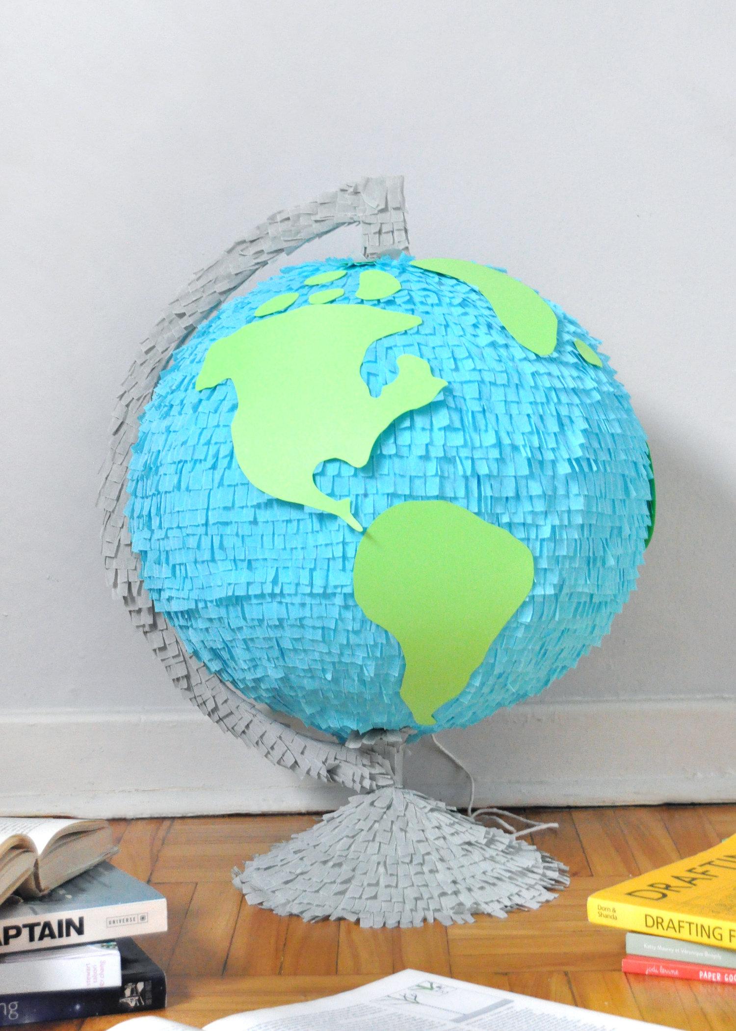 Piñata para un cumpleaños de de viajes