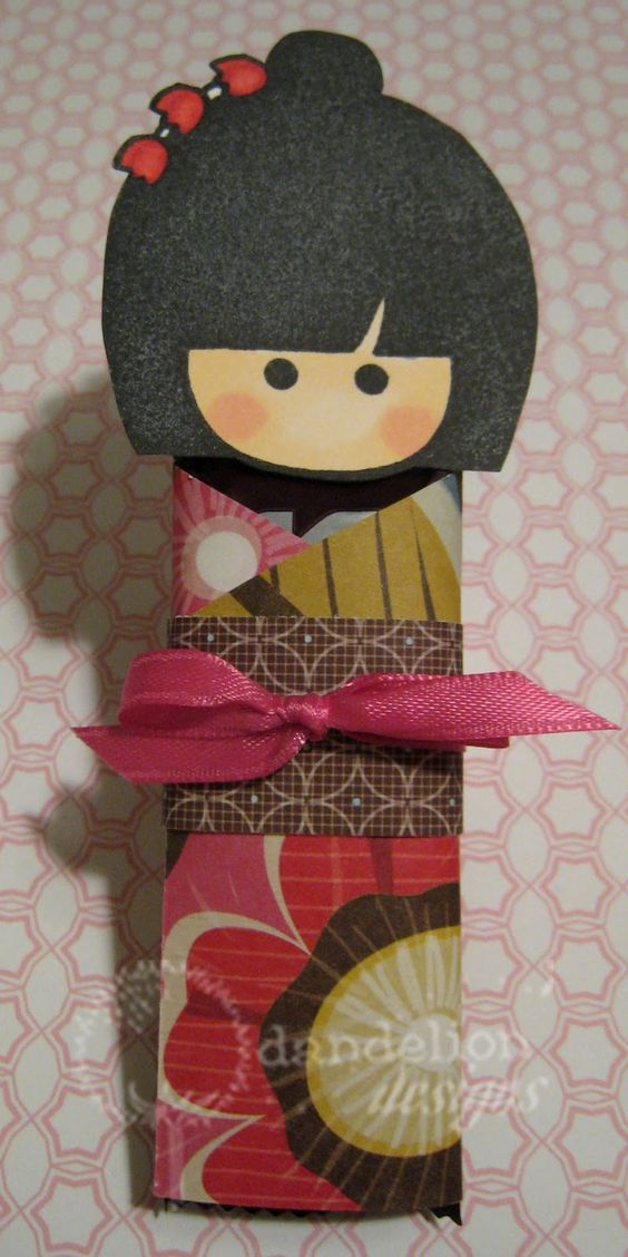Recuerdos para fiesta de muñecas kokeshi