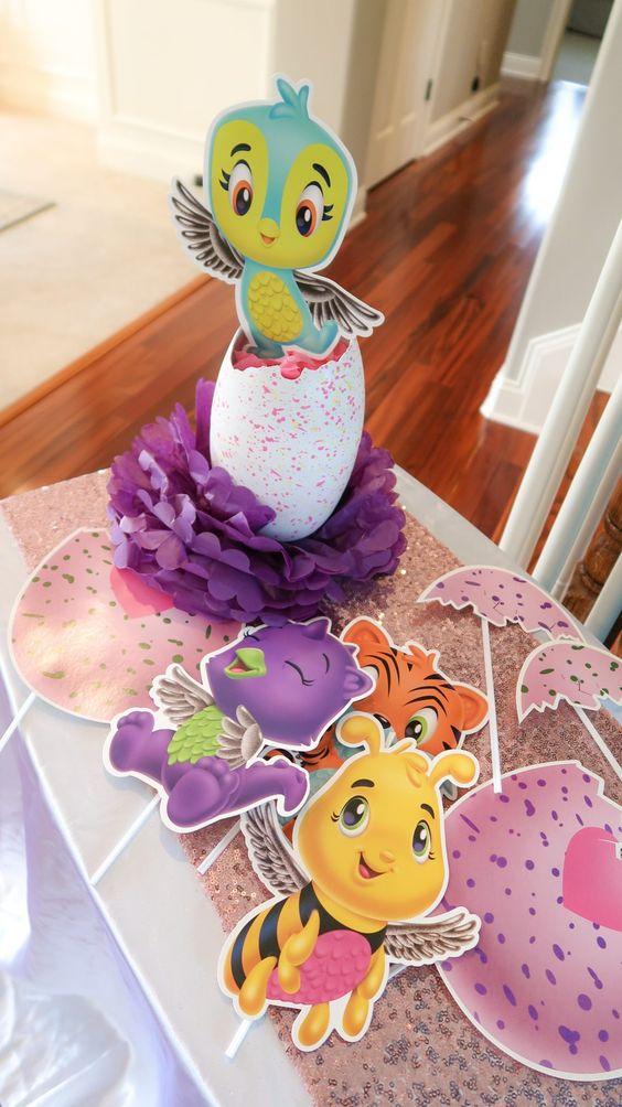 Centros de mesa para un cumpleaños de hatchimals