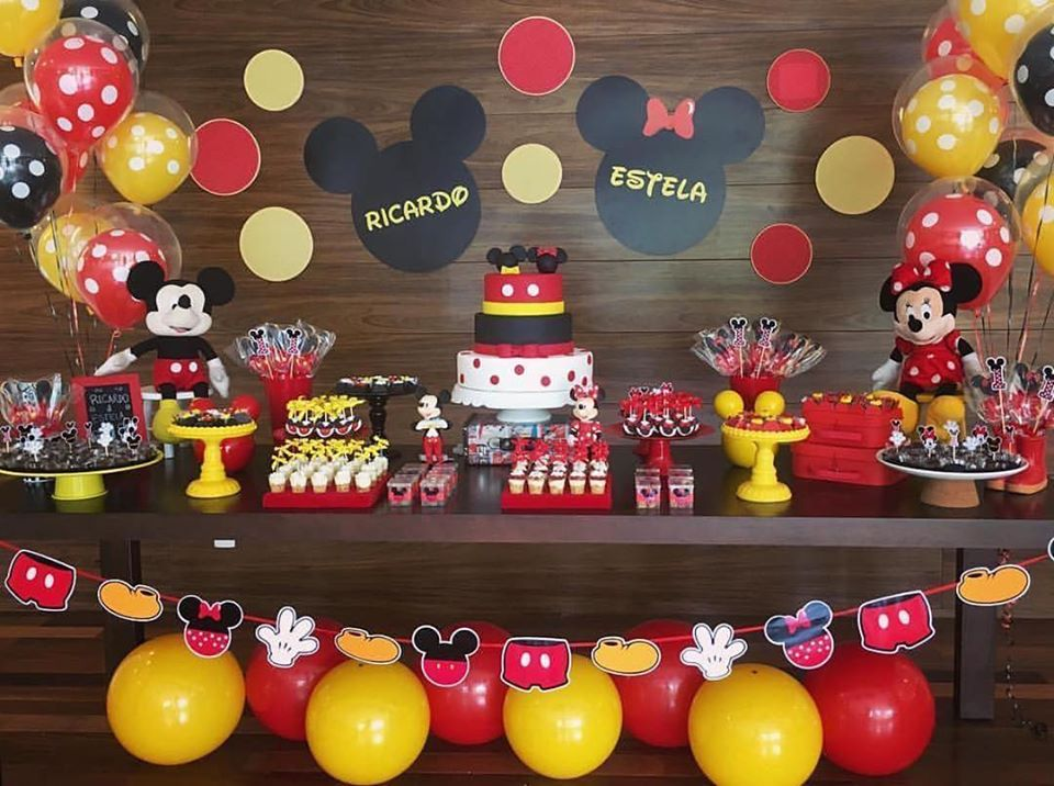 Fiestas de niño y niña de mickey mouse y minnie mouse