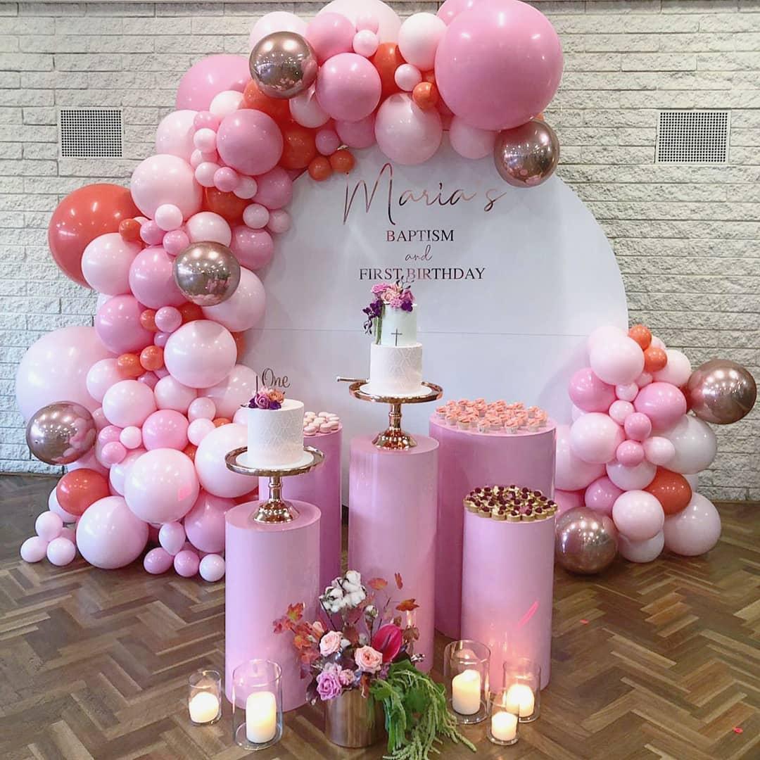Montaje con globos para baby shower color rosa