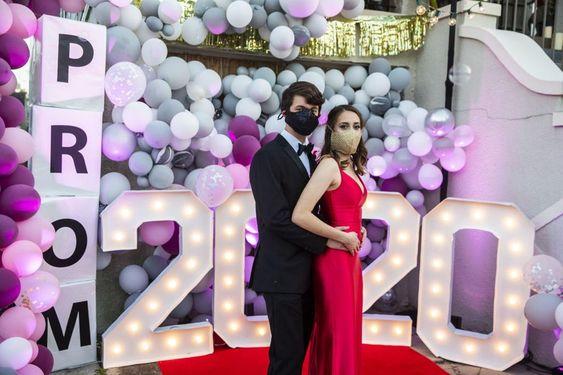 Fiestas de graduación decoración 2021