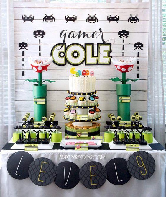 Mesas de postres para una fiesta gamer