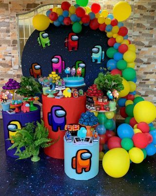 Mesas de postres para fiesta de among us