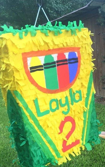 Piñatas para fiesta de crayones